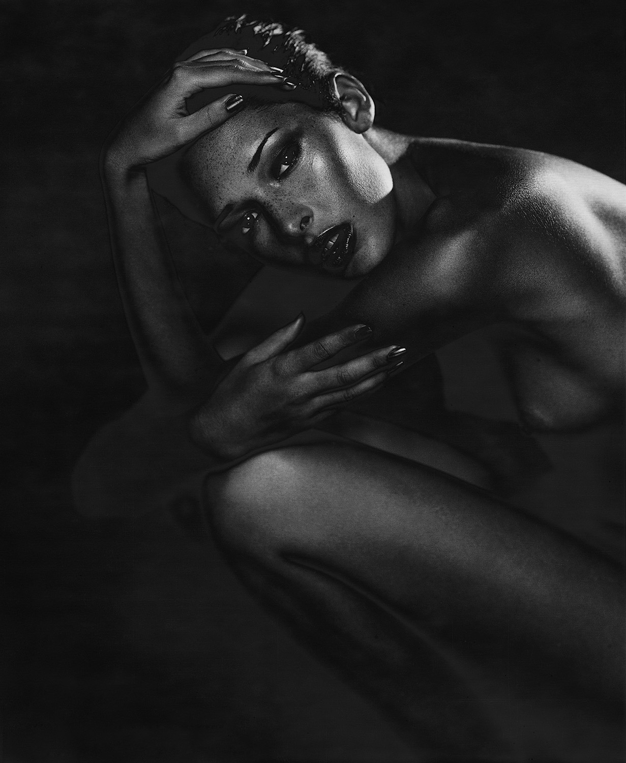 Dark female solarized nude 04